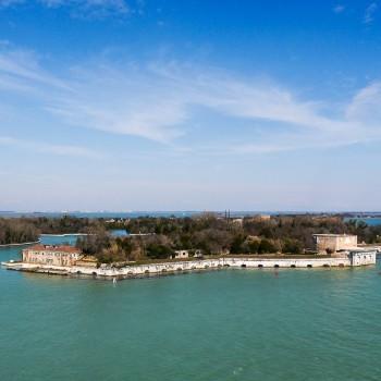 Isola di Sant'Andrea ~ kleine Insel in der Lagune von Venedig