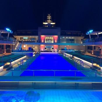 Außenpool der Mein Schiff 4