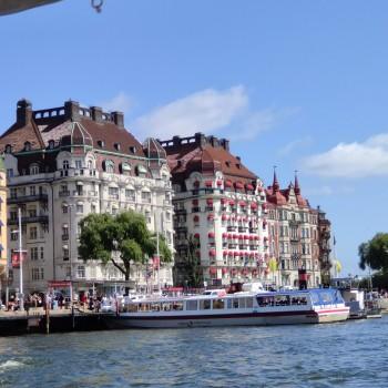Mit dem Boot durch Stockholm