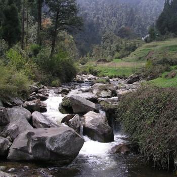 Flusslauf in Nordindien