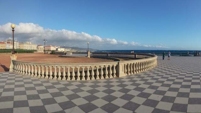 Strahlender Sonnenschein in Livorno