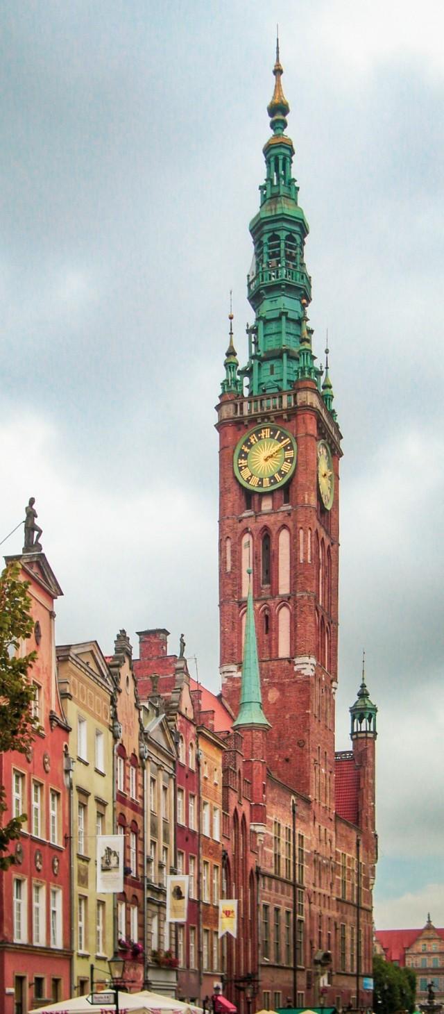 Weithin sichtbar: Das Rechtstädtische Rathaus in Danzig