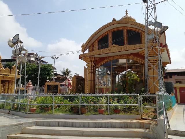 Tempelbesichtigung