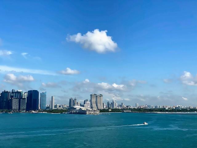 Per Schiff nach Singapur