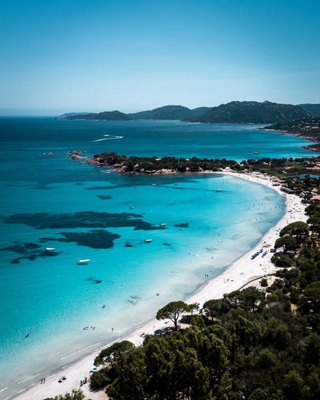Karibischer Strand auf Korsika