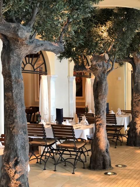 Außenbereich des Restaurants Casa Nova