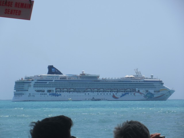 Norwegian Dawn vor Belize