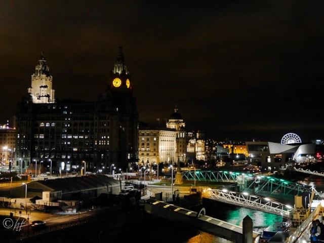 Liverpool bei Nacht