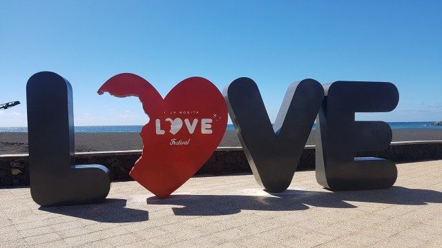 Live, Love, Travel!