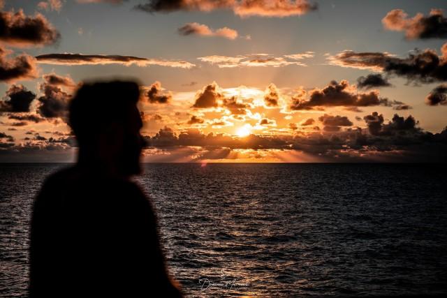 Karibischer Sonnenuntergang an Bord