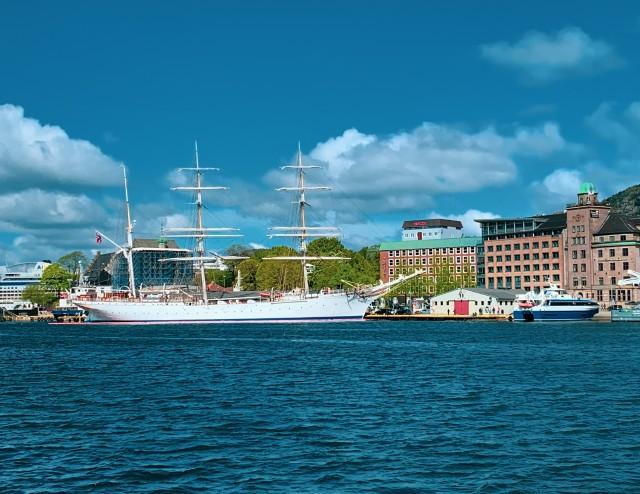 Die Statsraad Lehmkuhl im Hafen von Bergen