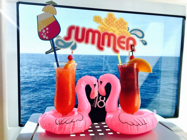 Summerfeeling mit Cocktails & Meerblick
