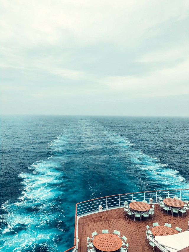 Am Heck des Schiffes