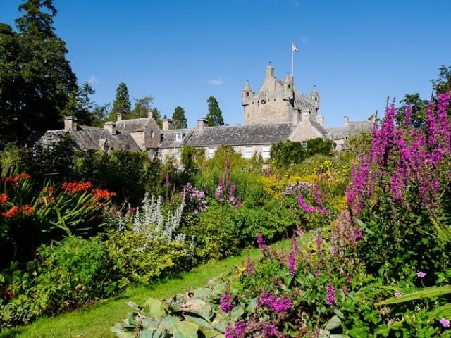 Cawdor Castle in den schottischen Highlands.