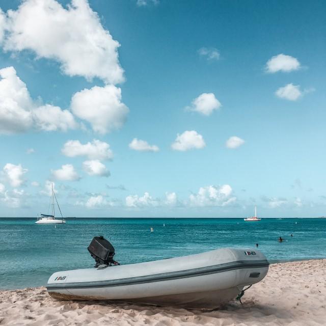Hat jemand einen Bootsführerschein?