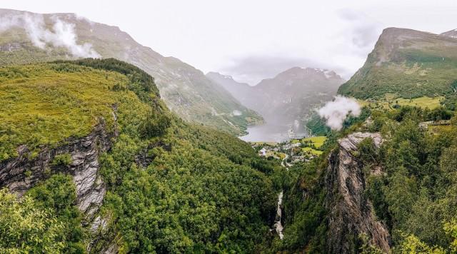 Tolle Aussichten am Geiranger Fjord