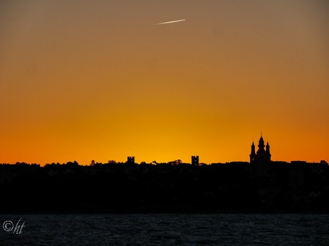 Die Skyline von Visby im Sonnenaufgang