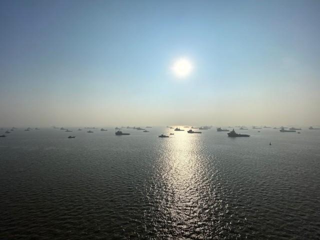 Unzählige Fischerboote vor Mumbai