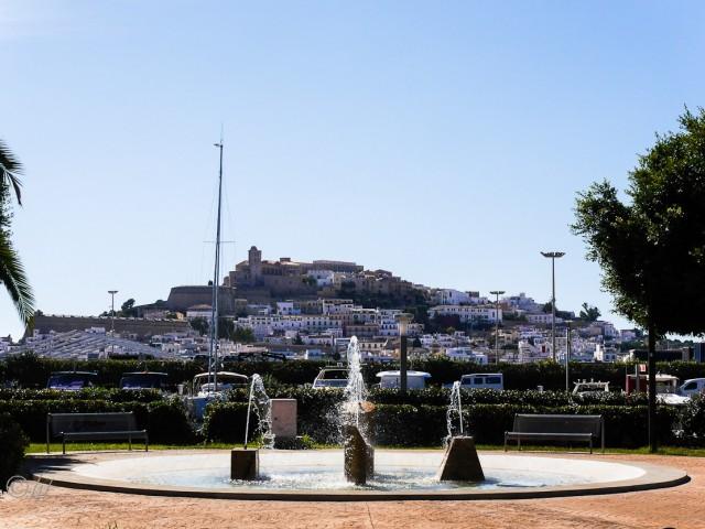 Blick auf die Festungsanlage von Ibiza-Stadt