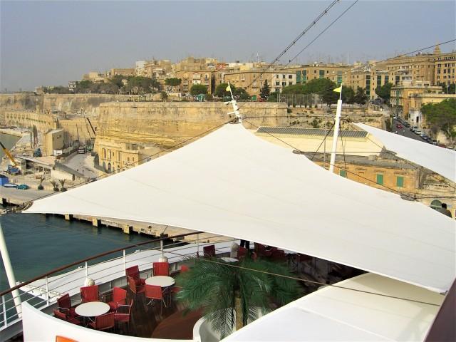 Blick auf die Stadtmauer Vallettas