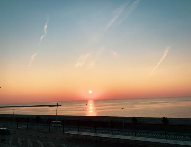 Sonnenuntergang im Hafen von Barcelona