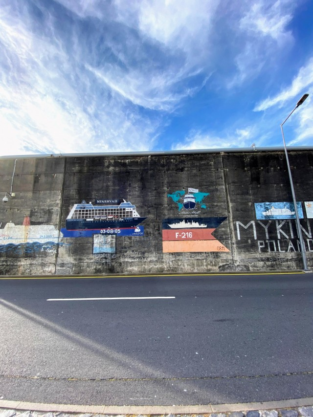 Kunst an der Kaimauer