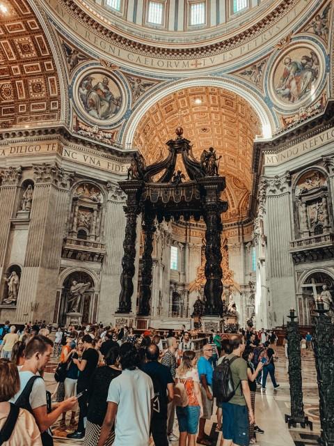 ein klassisches Bild vom Petersdom
