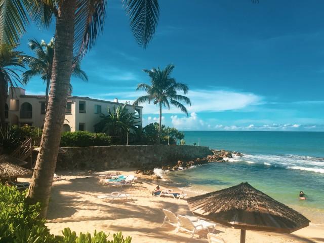 Strandtag auf Antigua