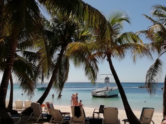 Karibik & Mexiko mit AIDA Luna - Stadt und Strandausflug in Roatan