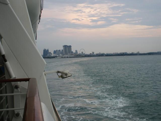 Auf Wiedersehen, Singapur.