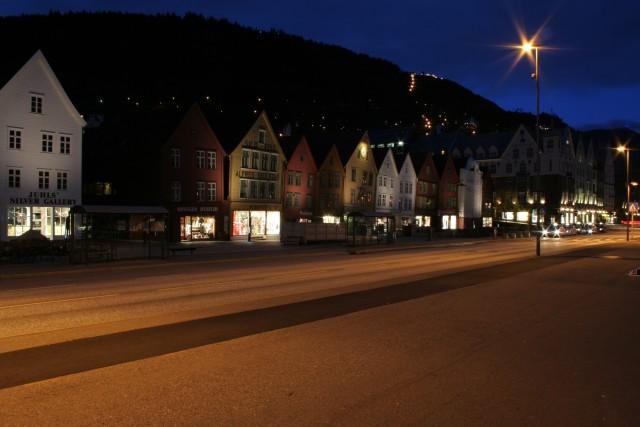 Frühlingsabend in Bryggen