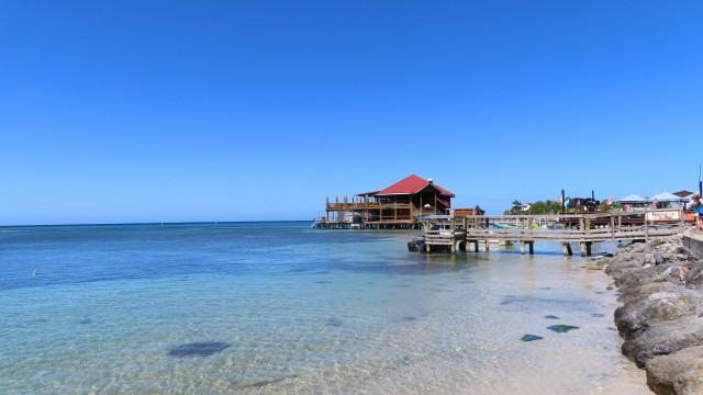 Karibik & Mexiko mit AIDA Luna - Roatan Stadtrundfahrt & Strand