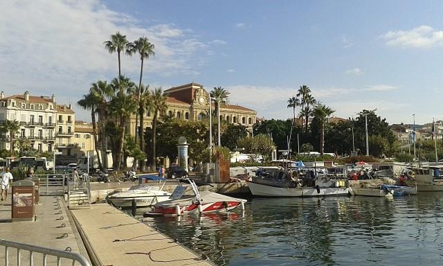 Yachthafen mitten in der Stadt