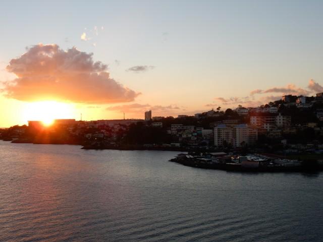 Sonnenuntergang kurz vorm Sail Away