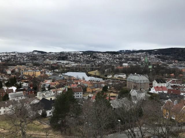 Über den Dächern von Trondheim