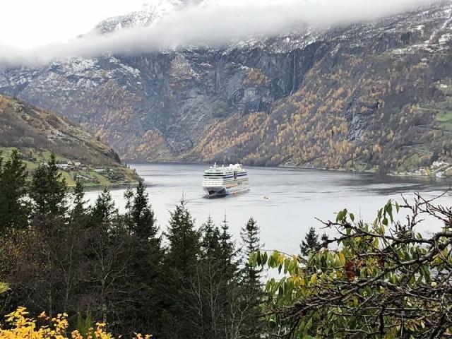 Mit der Bella tendern im Geirangerfjord