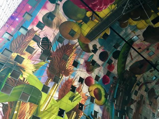 Kunstvoll gestaltete Markthalle