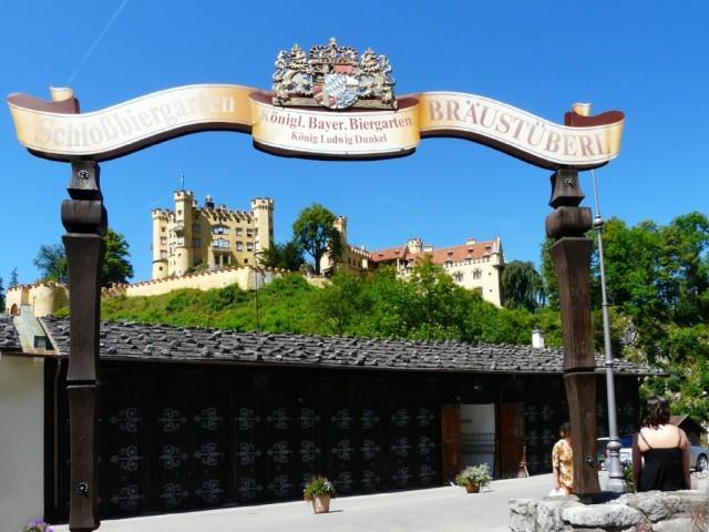 Ein feiner Durchblick auf Schloss Hohenschwangau