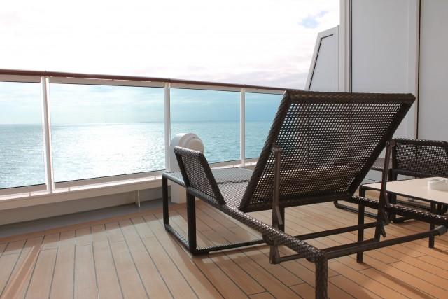 Sonne tanken auf dem eigenen Balkon