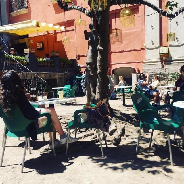 Das Hinterhof Café