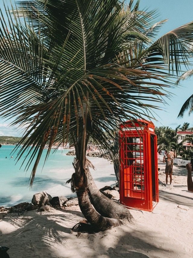 Telefonzelle am Strand ????
