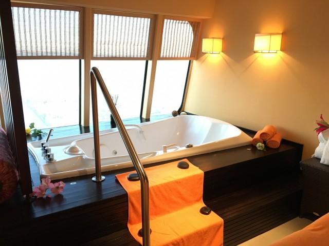 Besichtigung einer Wellness-Suite
