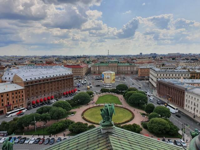Blick auf St. Petersburg von der Aussichtsplattform der Isaakskathedrale