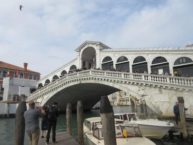 Blick auf die Rialtobrücke