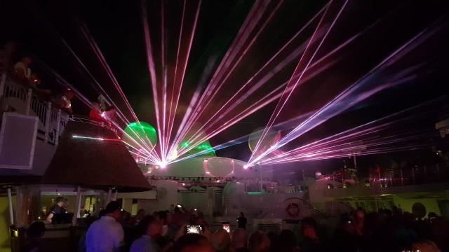 Lasershow auf AIDAaura