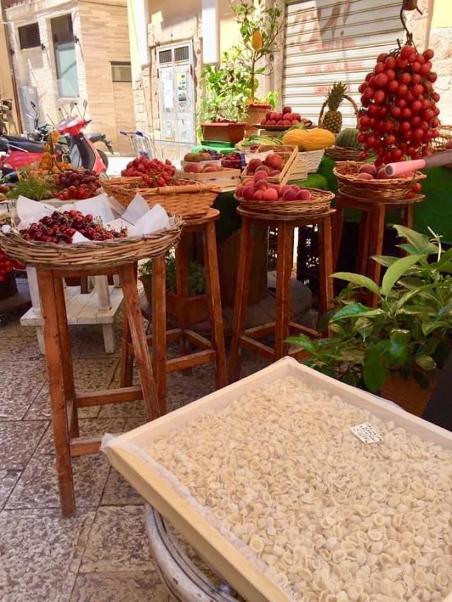 Frisches Obst in Bari