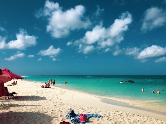Ein Strandtag auf Aruba