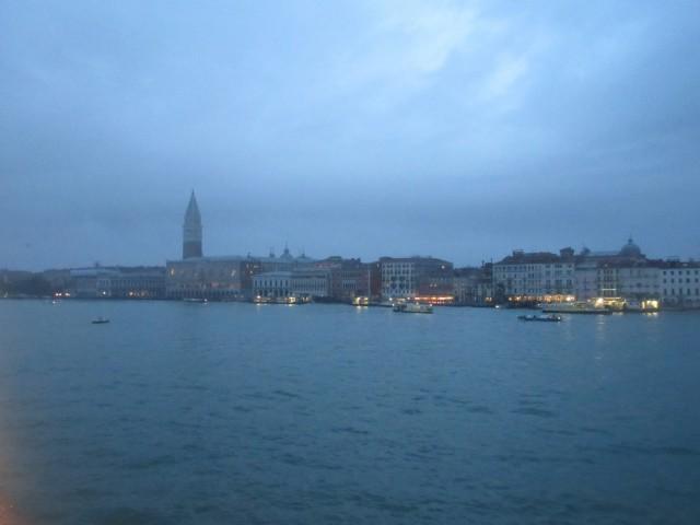 Einlaufen in Venedig am frühen Morgen