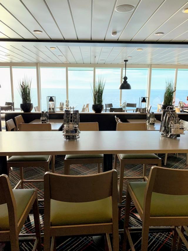 Buffetrestaurant & Meerblick