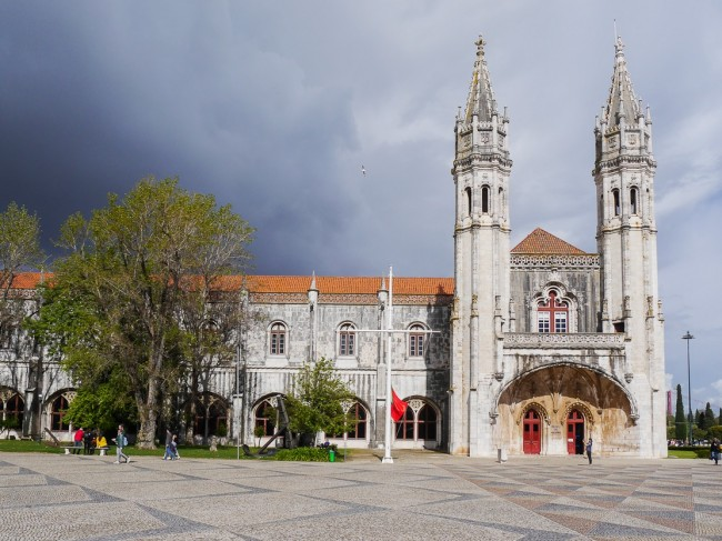 Klosterkirche Santa Maria de Belém in Lissabon ist eine der wichtigen Sehenswürdigkeiten ...